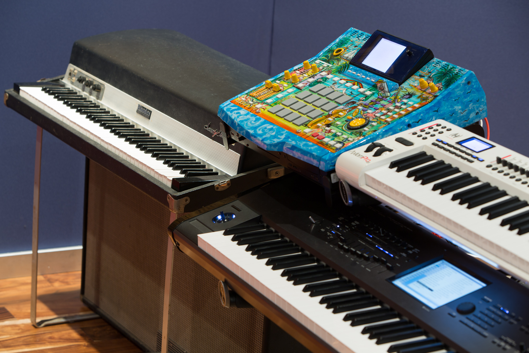 Keyboard & Synths at Noisematch Studios | Miami Music Recording Studio